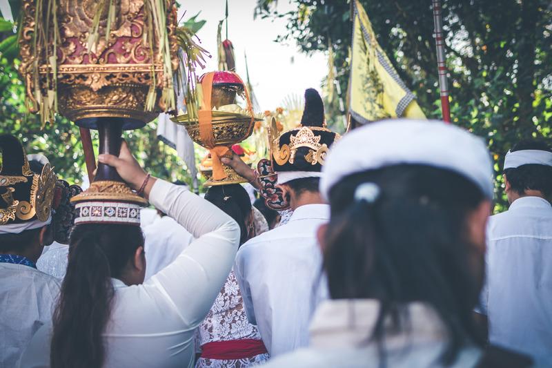 ceremonia en ubud